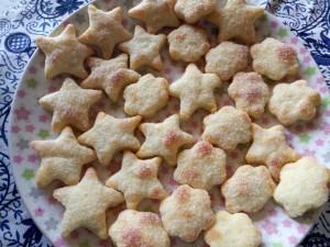 Творожное печенье (с маслом)